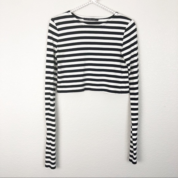 Zara Tops - Zara Collection Long Sleeve Cropped Top M
